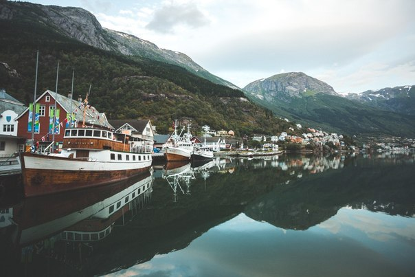 Роскошные пейзажи Норвегии - Страница 23 Cc0oAf8kDV8