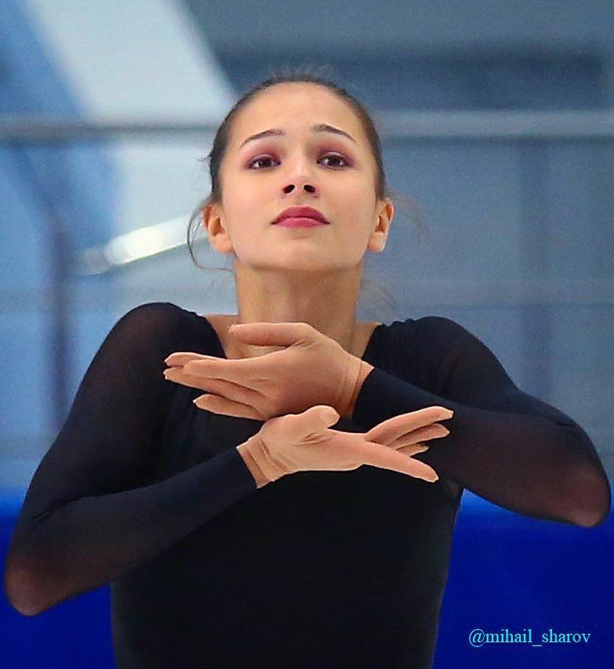 Станислава Константинова - Страница 3 WJysCriRyBo