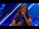 Кайди выжила в авиакатастрофе и не боится петь с обезбраженным лицом