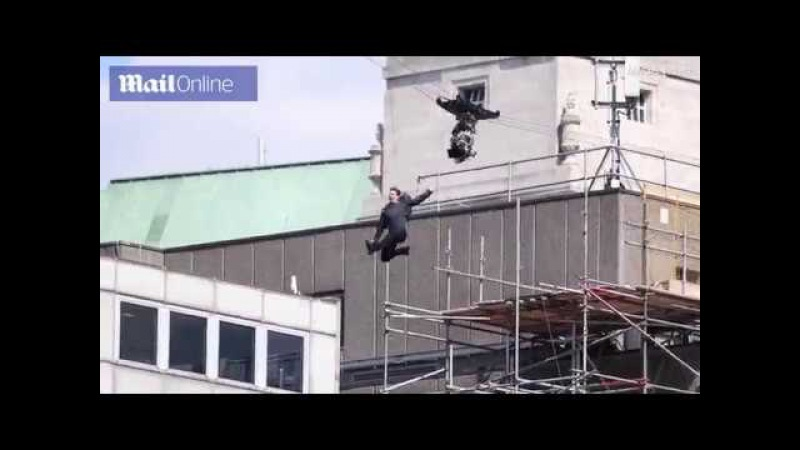 Tom Cruise appears to injure himself in Mission Impossible stunt