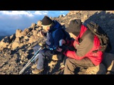 Болельщик Анжи на Килиманджаро
