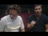 Сергей Маховиков и Гийом Рат учат песню в студии Ворона