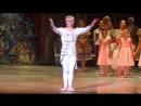 Театр Новая Опера, на балете Щелкунчик поклон артистов