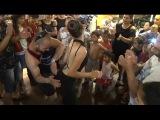 Roman Düğünleri Alışkanlık Yapar | Düğünde Oryantal Show | Çılgın Baldız Döktürüyor