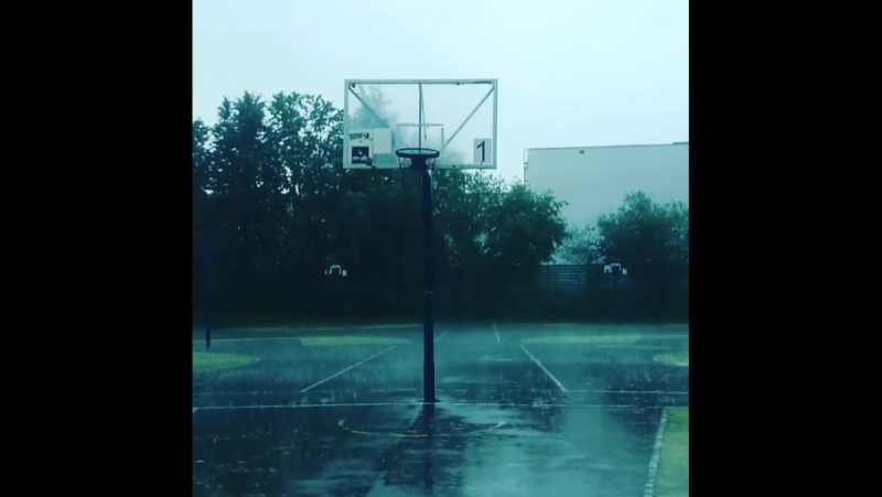 Когда вышли покидать мяч  дождьливеньгрозагром... Погода в городах России 07.08.2017