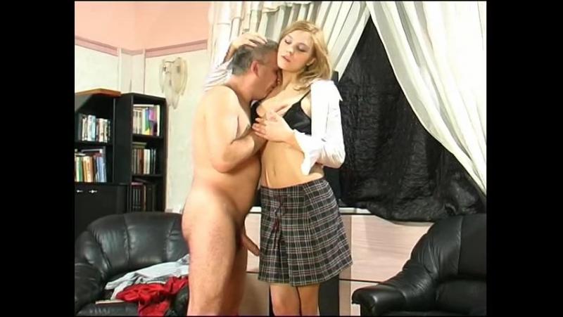 историческом блондинка сдала зачет сексом онлайн видео горячий