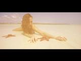 Anna Lesko - Sola en la playa 1080p