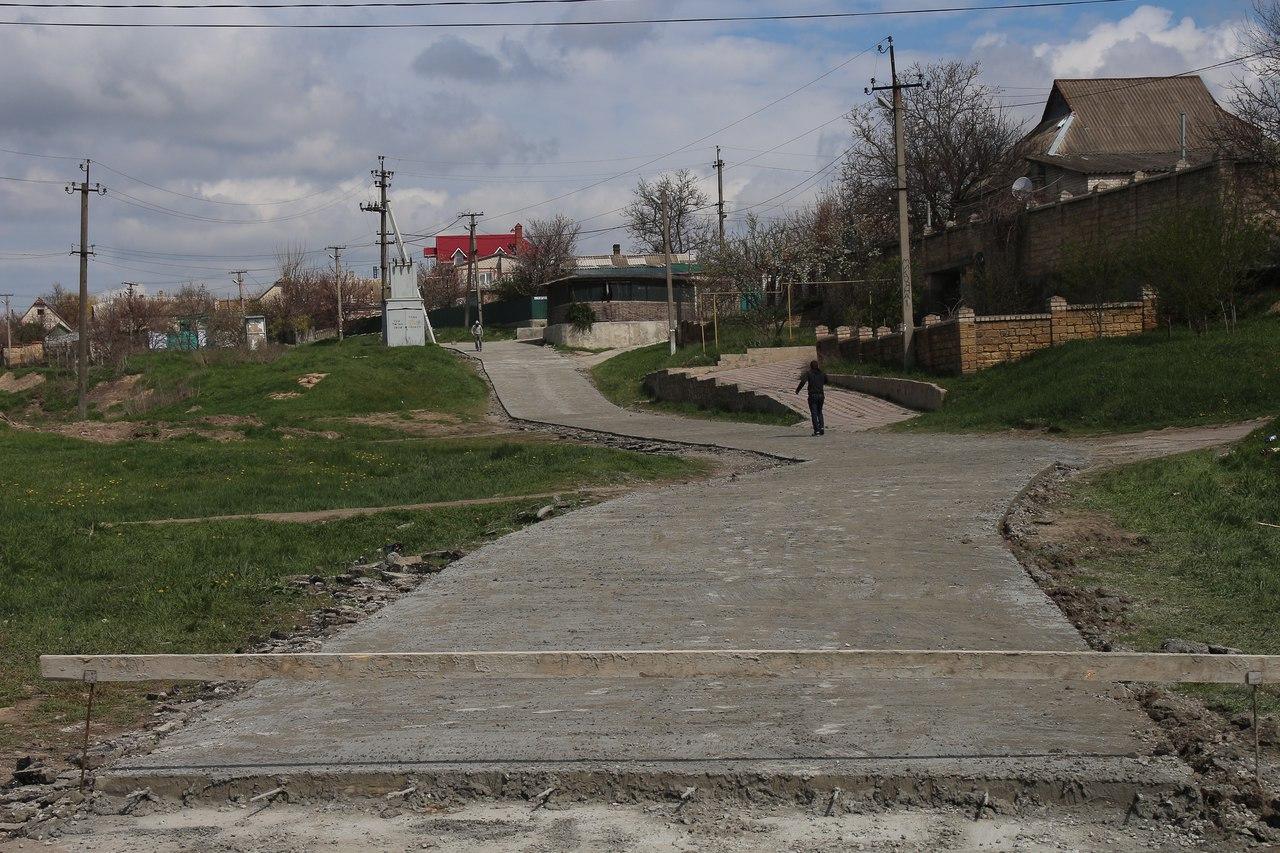 В Антоновке завершили бетонирование подъема от центральной улиці