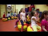 Один день из жизни детского сада. Мячики