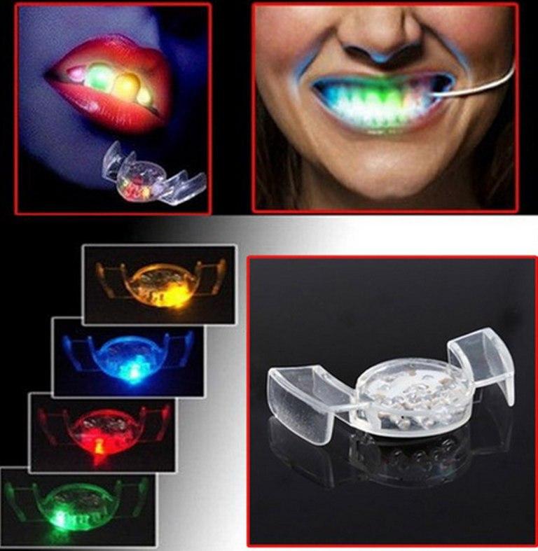 Светящиеся зубы