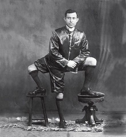 Янки итальянского происхождения Фрэнк Лентини родился...