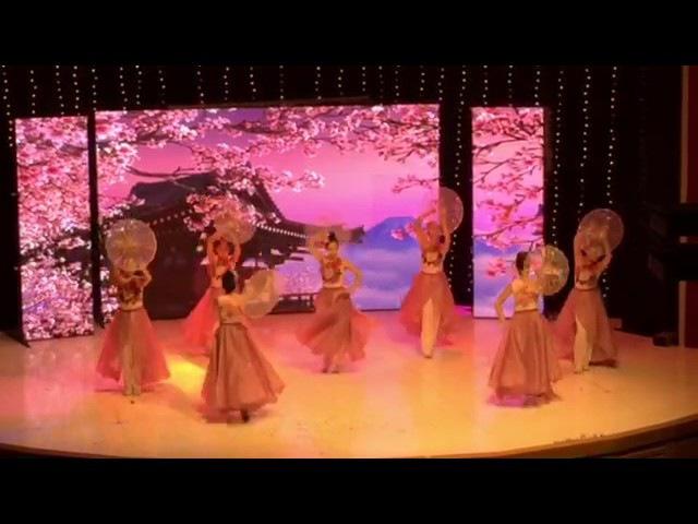 Очень красивый танец с зонтами группа Нафис г.Ташкент, Узбекистан