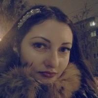 Алина Олейник