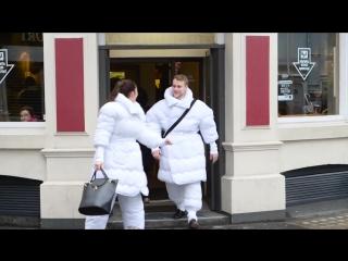Одеяло-костюм для людей которые любят кровать слишком сильно