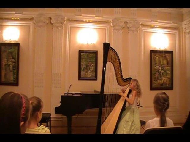 F. Disi - Grande Sonata. (Alisa Sadikova - 12 years old harpist)