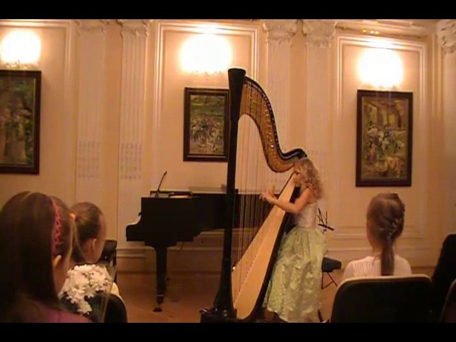 G.F. Haendel - Prelude and Toccata (Alisa Sadikova - 12 years old harpist)