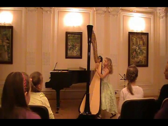 M. Glinka - Variations on Morzarts theme. (Alisa Sadikova - 12 years old harpist)