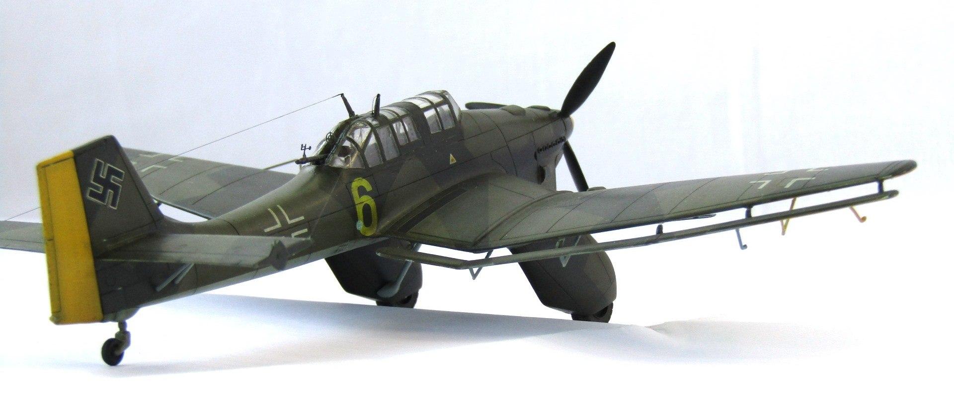 Ju-87A 1/72 (Special Hobby) 1JUit7vs1-o