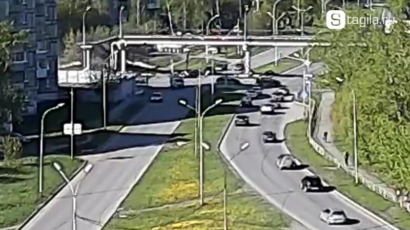 24.05.17 ДТП в Нижнем Тагиле на перекрестке Серова - Красноармейская.