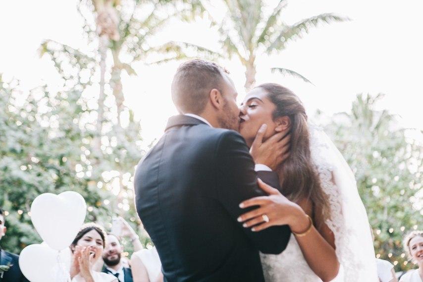 kiT7LGYU fU - Свадьба в стиле пляжной вечеринки в Майами (27 фото)