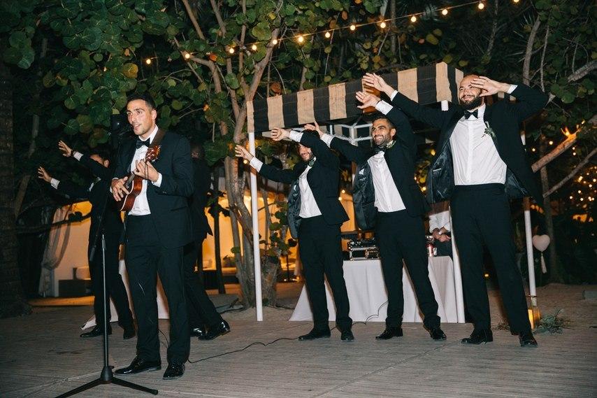 Vwak SFK1cw - Свадьба в стиле пляжной вечеринки в Майами (27 фото)