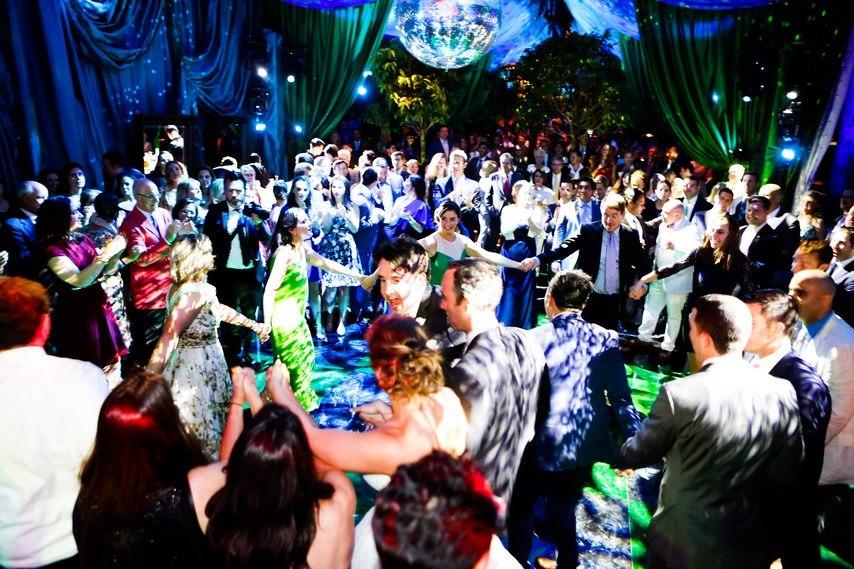waarDPSYsyU - Свадьба на острове (20 фото)