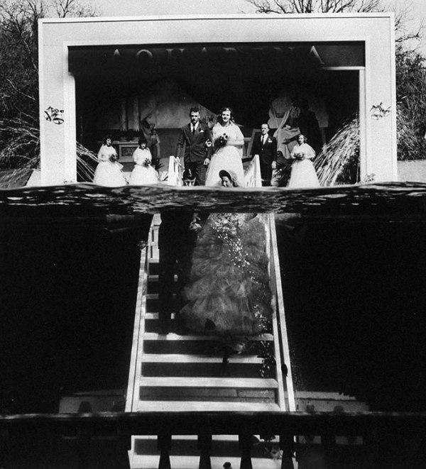 fSLz8xBX4s - Первая свадьба под водой: как давно это было (10 фото)