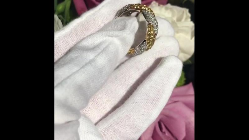 Braided Ring 💍 💎 Diamonds yellow gold and white Go... Москва 06.09.2017