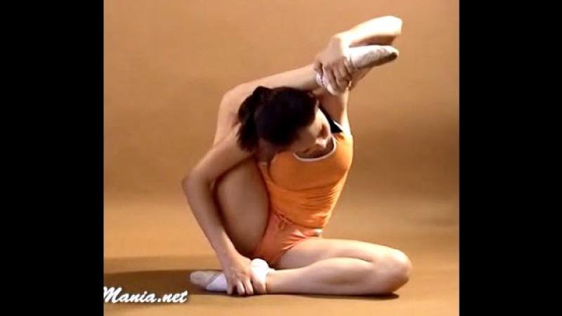 Gymnastic Stretch Flexibility flex Amazing Contortionist | Extreme contortion Flexilady model yoga