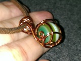 How to make wire jewelery - Wire wrapped spherical stone pendants