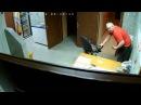 Избиение девушки в САУНЕ скрытая камера Омск ПОЛНАЯ ВЕРСИЯ
