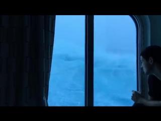 [Кавказский Переулок] Мы не хотим умирать! Видео 9-метровых волн от пассажиров лайнера сравнимого с 15-ти этажным зданием