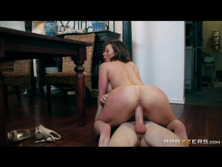 ebbi-porno-smotret-onlayn
