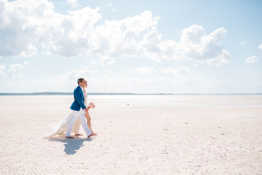 ikU3oplXe I - Предыстория красивейшей свадьбы на пляже (32 фото)