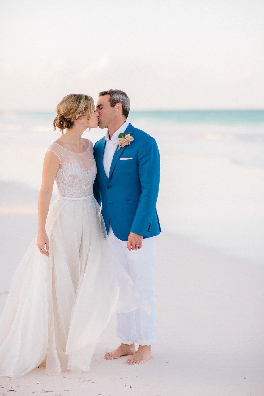 Предыстория красивейшей свадьбы на пляже (32 фото)