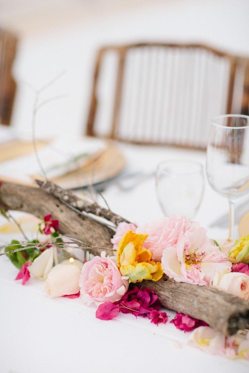 w1pFthnm8jk - Предыстория красивейшей свадьбы на пляже (32 фото)