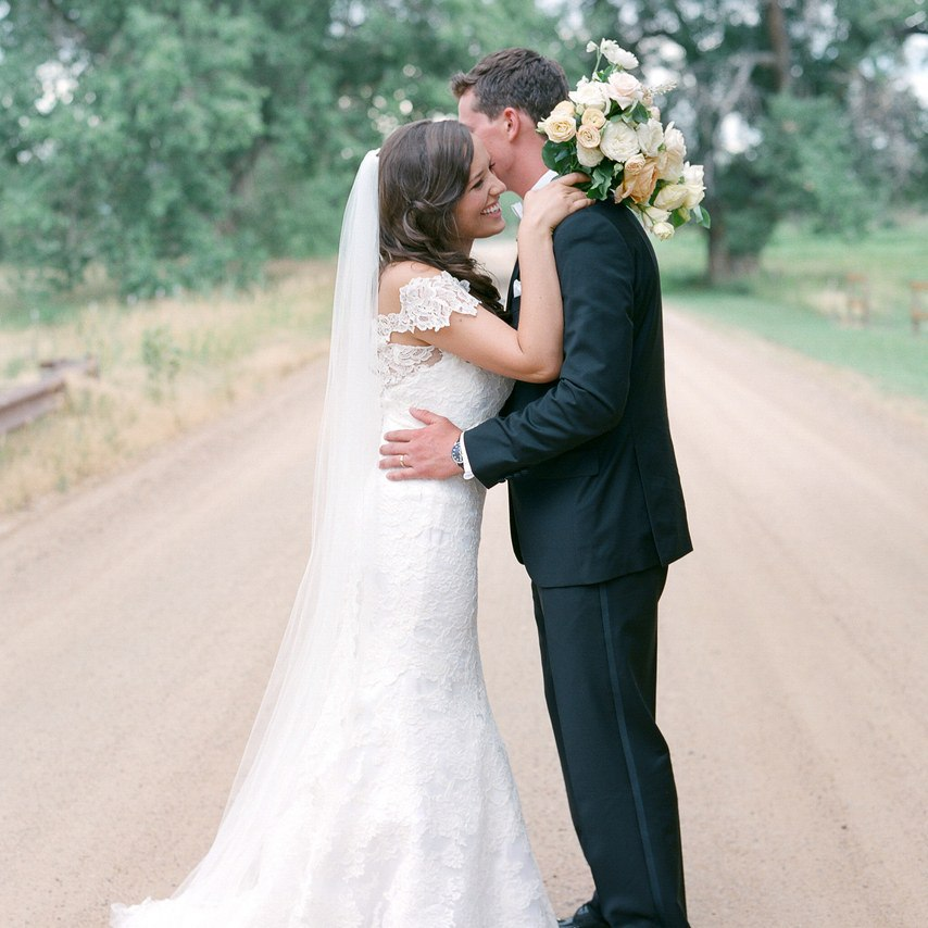 Tsg5SH8oLrU - Они планировали встречу со свадебным ведущим (30 фото)