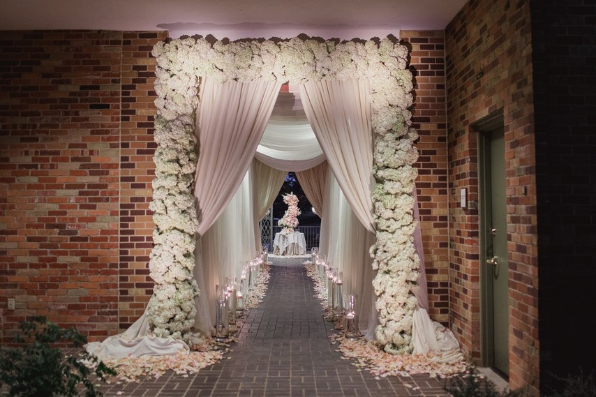 0jgl6TEVa9A - Как свадебный ведущий (23 фото)