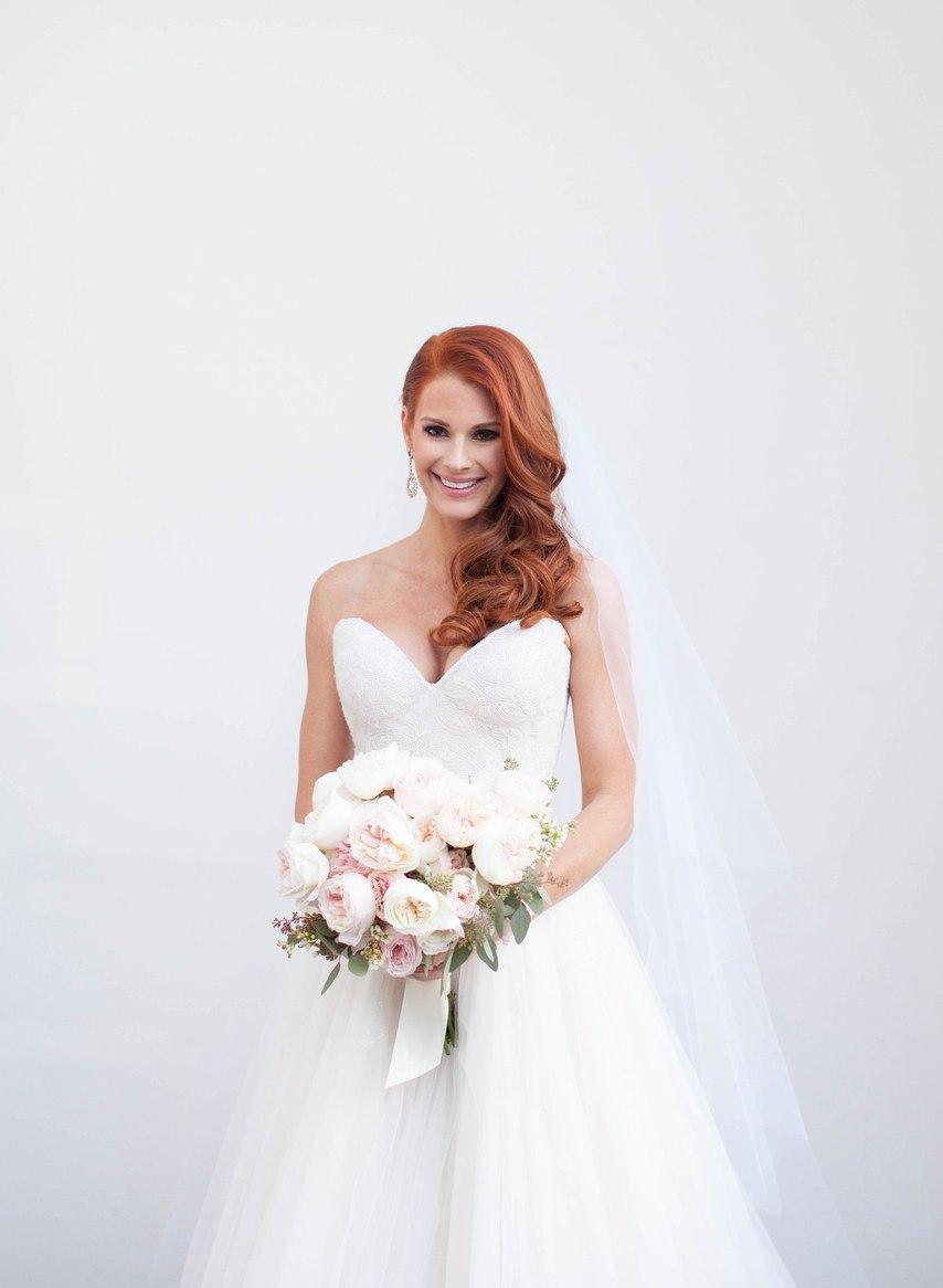 iud1x0l6jvY - Лучший ведущий на нашу свадьбу (35 фото)