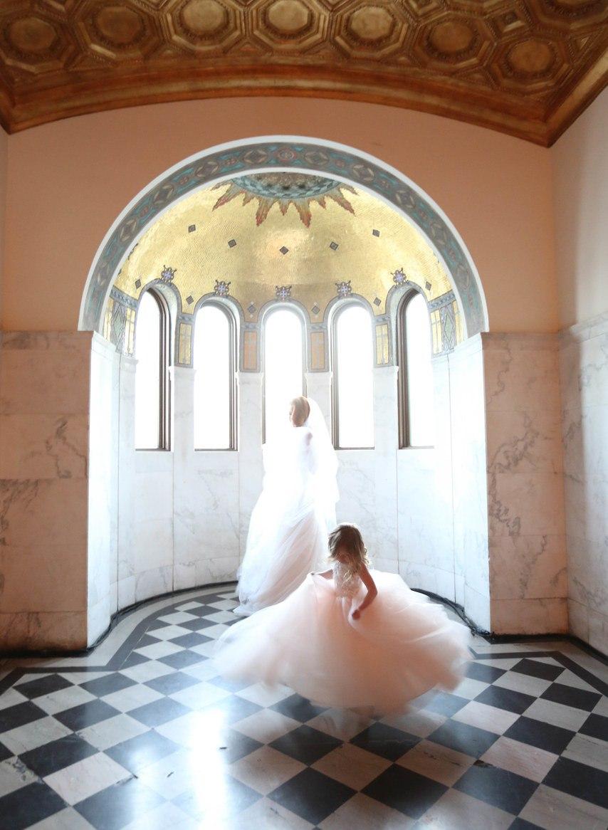 lVmMjYATkbM - Лучший ведущий на нашу свадьбу (35 фото)