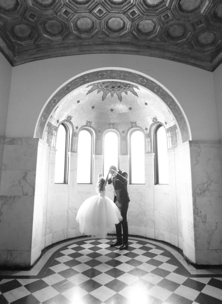 QAaNa3pxg84 - Лучший ведущий на нашу свадьбу (35 фото)
