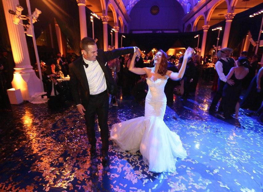 rg8A6OJyJek - Лучший ведущий на нашу свадьбу (35 фото)