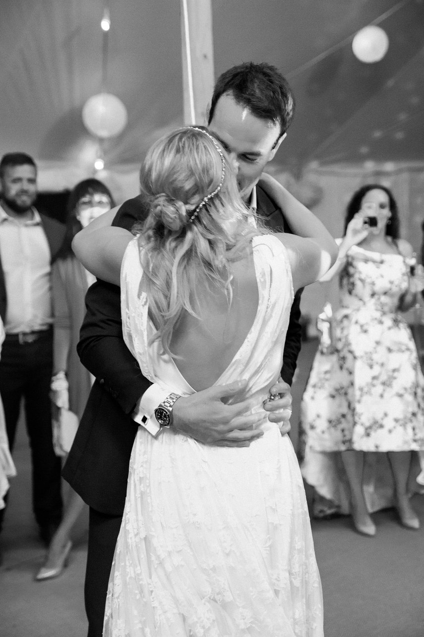 Разговор о свадьбе в гостях у профессионального свадебного ведущего. Ведущий на свадьбу Волгограда, тамада на праздник, мероприятие любого уровня и масштаба. Павел Июльский. +7(937)-727-25-75 и +7(937)-555-20-20