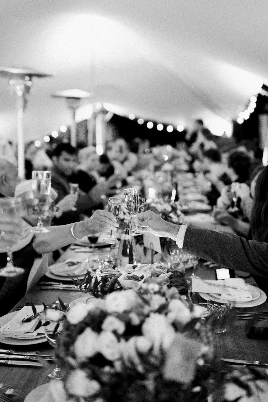 """Профессиональный ведущий на свадьбу: """"Красные лучи заката в заре новой жизни…"""" Свадебный ведущий Волгограда, ведущий на мероприятие. Павел Июльский: +7(937)-727-25-75 и +7(937)-555-20-20"""