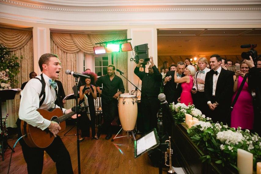 Музыкальный свадебный ведущий: мелодии для свадебного танца (список). Сайт ведущего на свадьбу в Волгограде, Павла Июльского.
