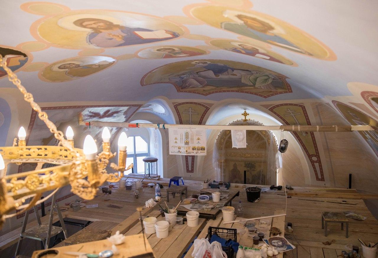 В Духосошественской церкви Казани началась роспись храма