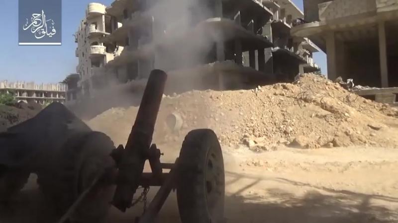 Боевики группировки Файлак ар-Рахман ведут контрбатарейную борьбу газбалонами, в Айн Терма
