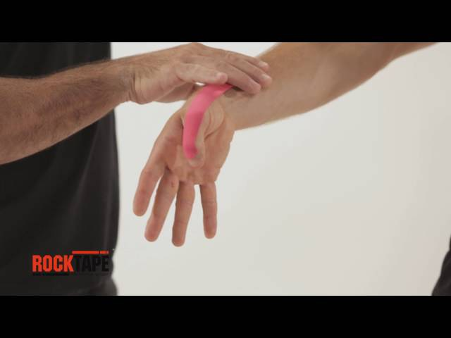 Тейпирование кисти при болезни Де Кервена палец геймера от RockTape