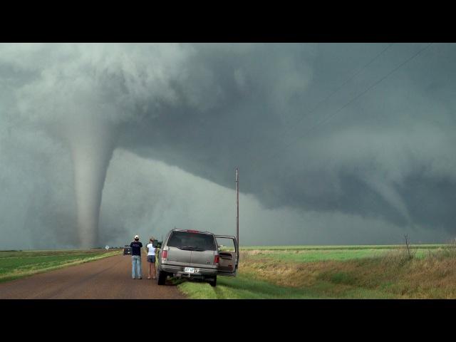 TORNADO TWINS TRIPLETS Unusual Twisted Tornado Family of May 24, 2016