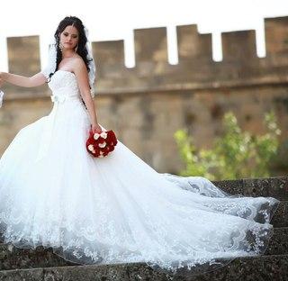 Салоны принимаемые бу свадебные платья
